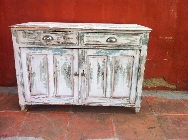 Antiguo aparador bufet blanco muebles vintage industrial for Muebles vintage com