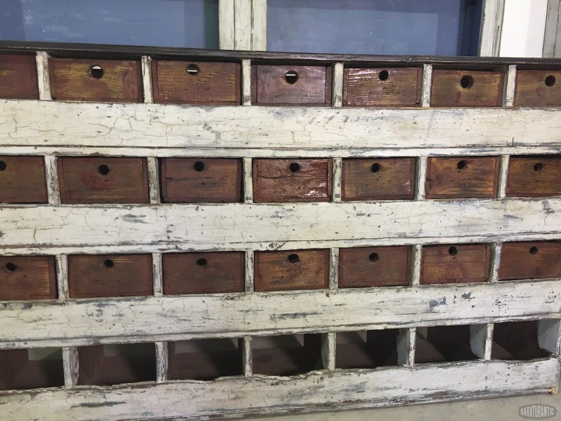 Antiguo mueble industrial de ferreteria muebles vintage for Mueble vintage industrial
